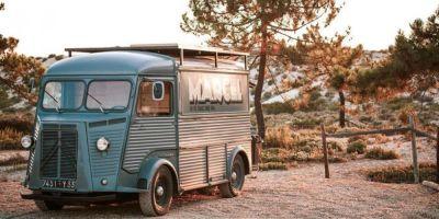 Pour les adeptes du minimalisme, un site super sympa (vu dans la revue Van magazine): http://www.marcelvibes.com/ Une petite image ci-dessous pour vous donner envie d'aller voir...  Bonne journée à tous!